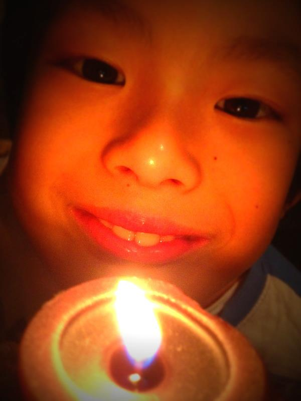 candlephil.jpg